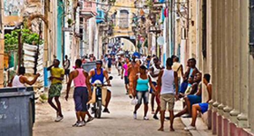 City tour Autentica Cuba caminando con su pueblo